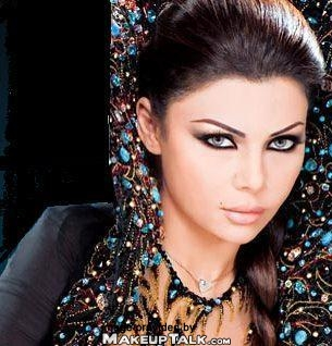 Celebrity Make Up – Get the look of Haifa Wehbe avec KIKO Make Up