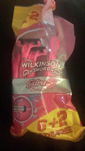 1412959000071.jpg de Rasoir Extra 3 Beauty de Wilkinson