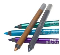 24:7 Glide-On Eye Pencil de Urban Decay.jpg