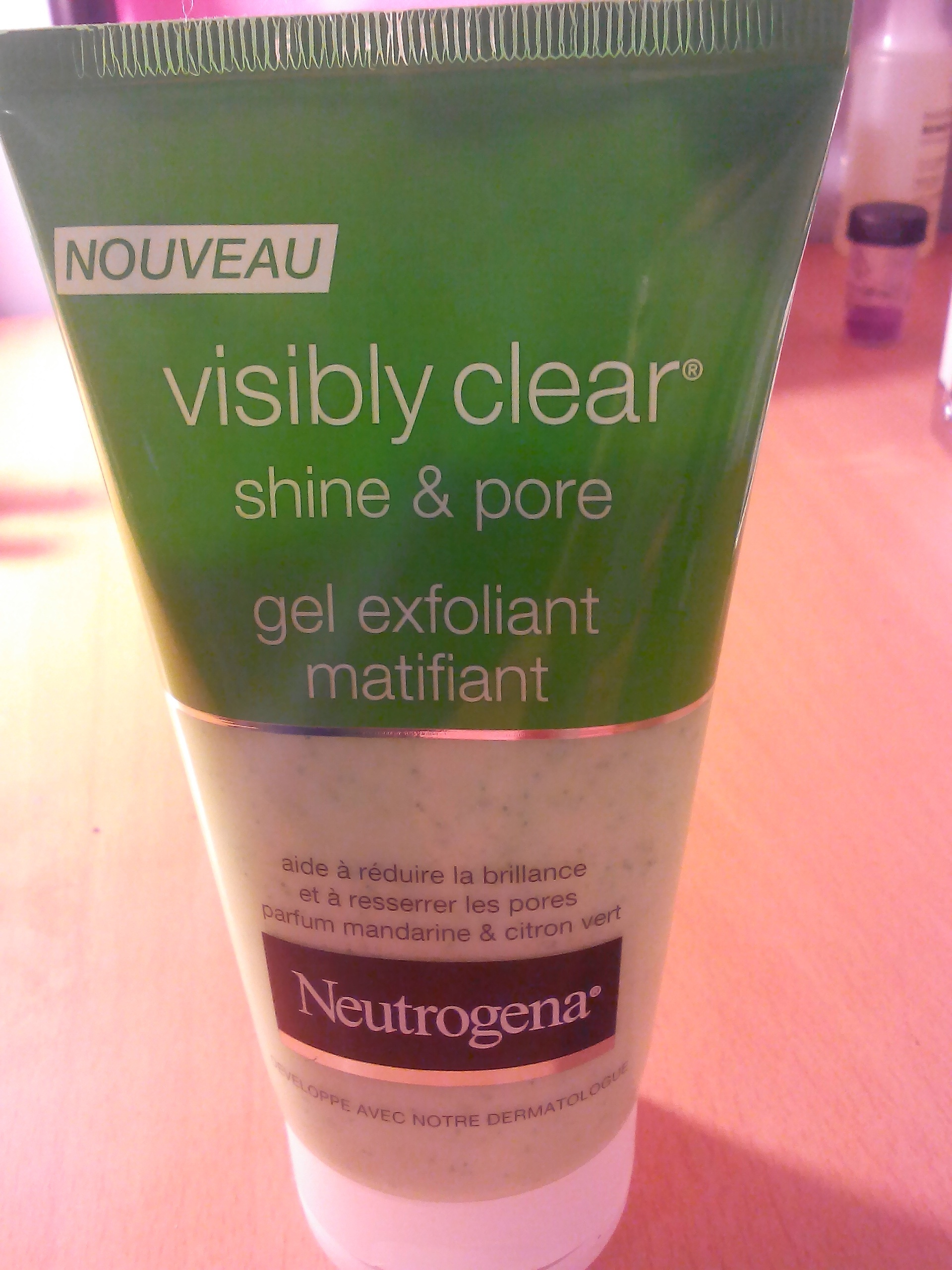 Gel Exfoliant Matifiant - Visibly Clear shine & pore