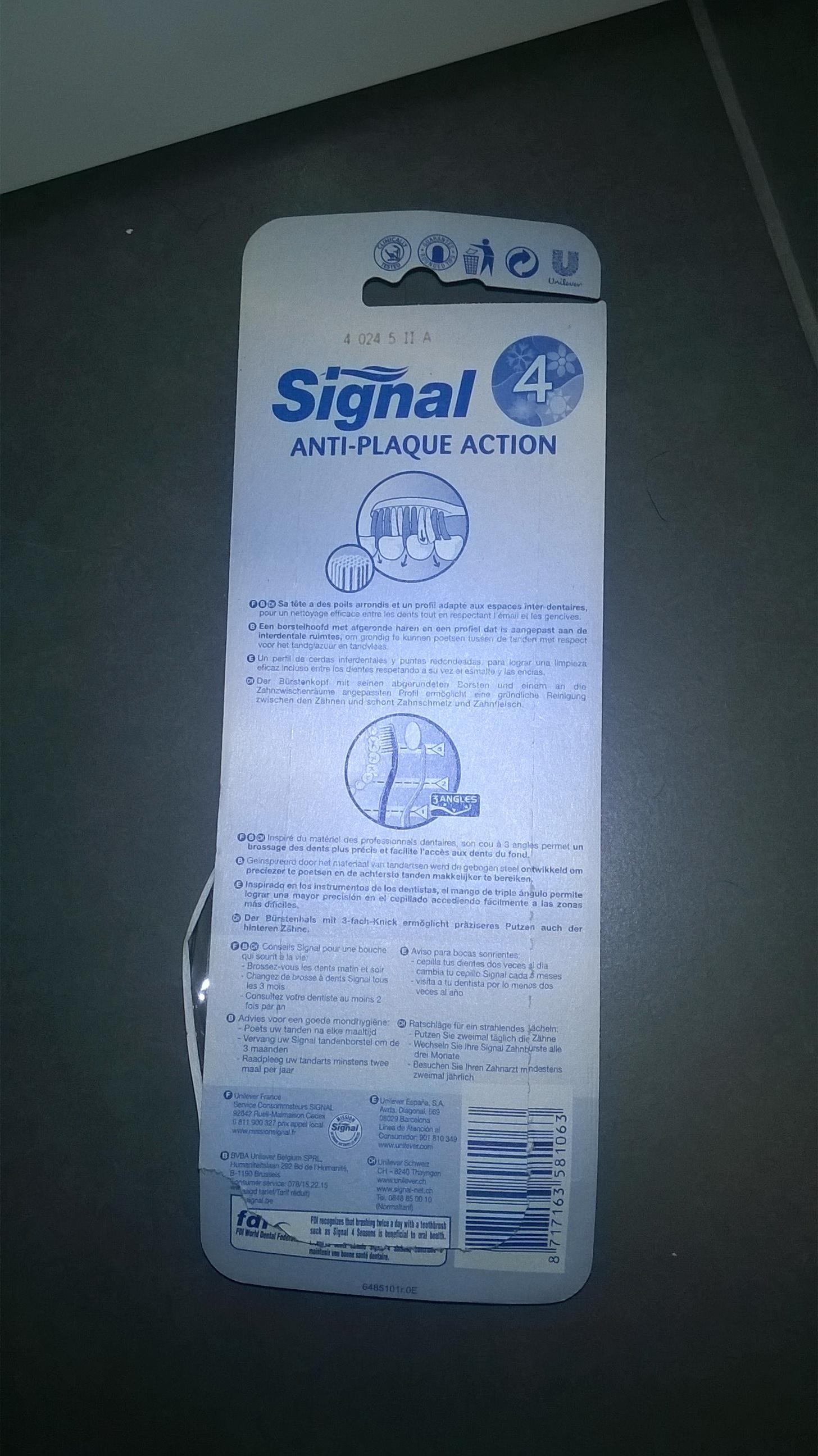 Brosses à Dents Anti-plaque Action 4 Saisons de Signal